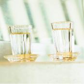 飲み屋の厚口グラス、酒受皿