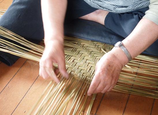 篠竹のかご