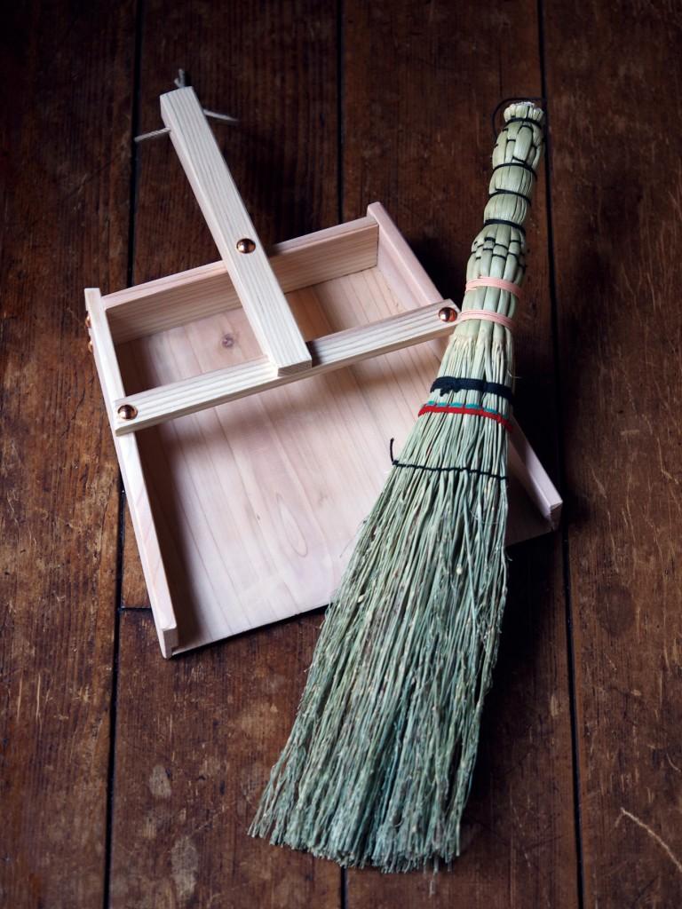 木製ちりとり・長野小ぼうき